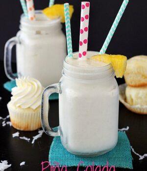 Piña Colada Cupcake Shake