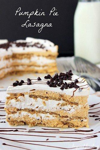 Pumpkin Pie Lasagna | www.beyondfrosting.com | #pumpkin #pumpkinpie