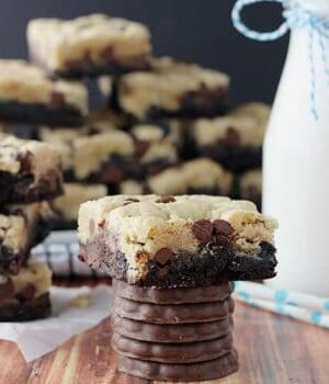 Thin Mint Brookies | beyondfrosting.com | #thinmint #girlscoutcookies