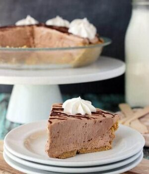 Nutella Marshmallow Pie