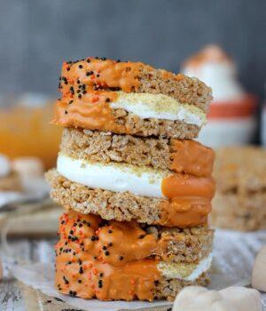 Pumpkin Spice Rice Krispie Treat S'mores