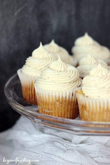Spiced Rum and Eggnog Cupcakes with Eggnog Buttercream ...