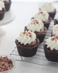 Luscious Chocolate Cream Pie Cookie Cups