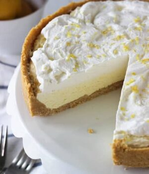 Glorious Lemon Mousse Ice Cream Pie. Refreshing and full of lemon flavor!