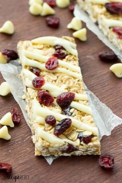 Easy White Chocolate Cranberry Granola Bars - Beyond Frosting