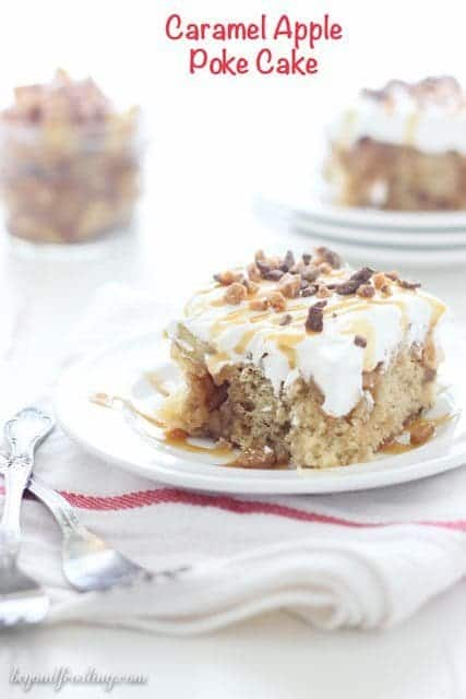 Apple-pie-poke-cake-042_text