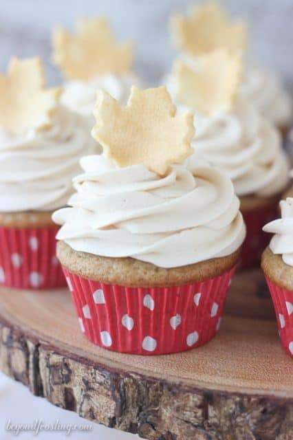 These homemade Spiced Cupcakes with Vanilla Buttercream are the perfect  texture and spice for fall. dec419fb96