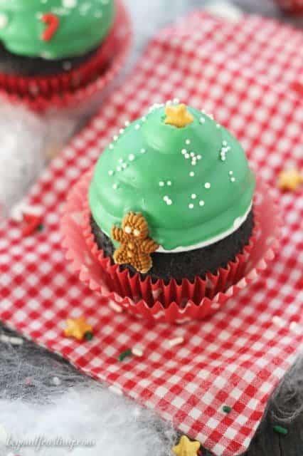 Christmas Tree Hi Hat Cupcake