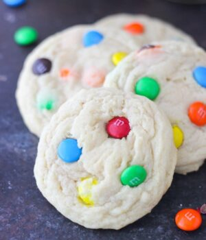 The Best Soft and Chewy MnM Cookies