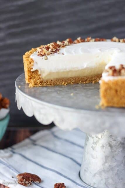 Cut yourself an extra large slice of this homemade no-bake bourbon butterscotch pie. The from-scratch bourbon butterscotch pudding is made with brown sugar, butter and bourbon. Plus this pie is topped with a bourbon whipped cream.