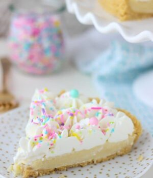 No-Bake Funfetti Pudding Pie