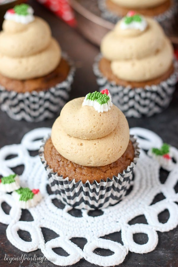 These homemade Gingerbread cupcakes are topped with a silky Cinnamon Dulce De Leche Frosting. Homemade cupcakes are easy and fun, so impress your friends with this homemade treat.