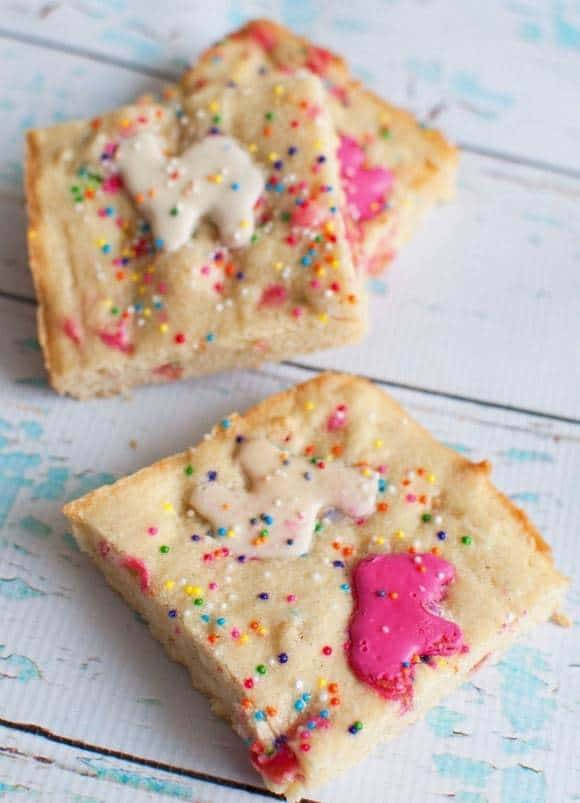 Circus-animal-cookie-blondies