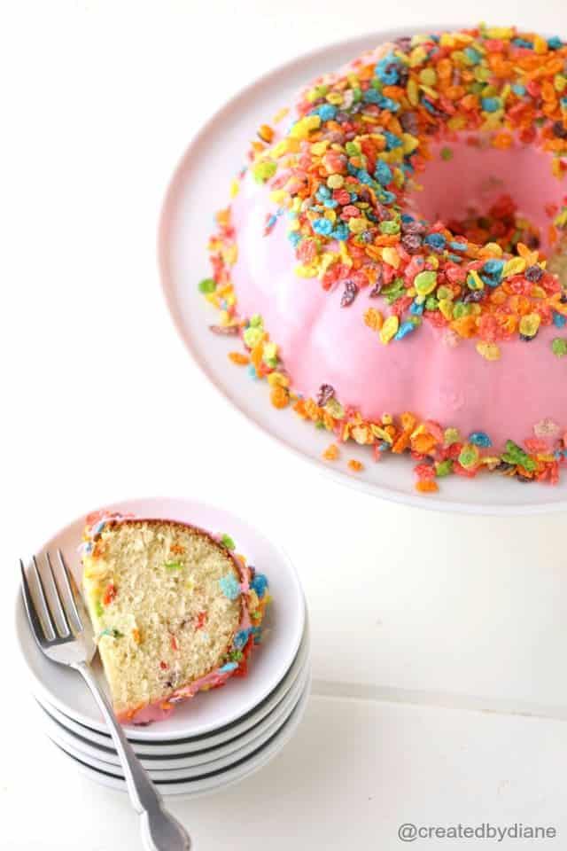 Fruity-pebbles-cake