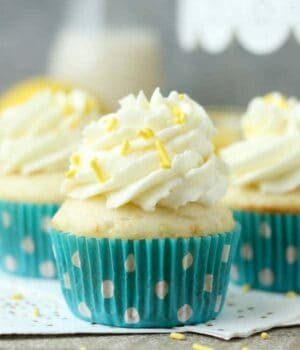 Lemon Cream Pie Cupcakes