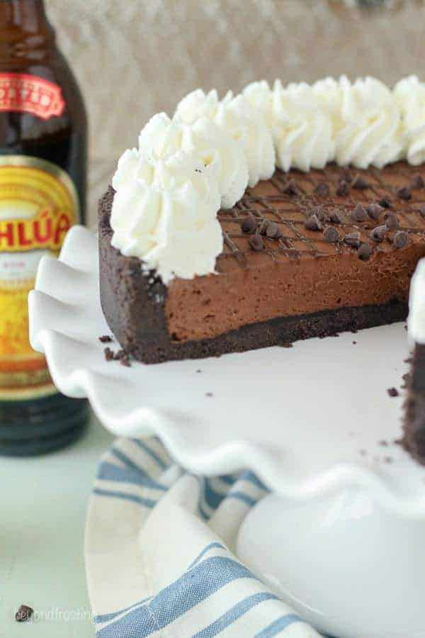 This No-Bake Kahlua Cream Pie is a homemade chocolatey Kahlua-spiked pudding with a thick Oreo crust.