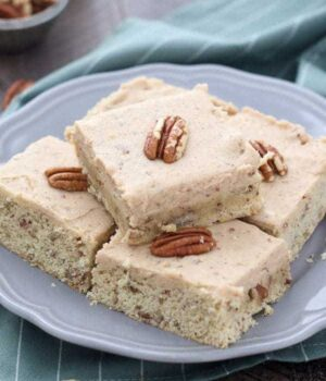 Maple Pecan Cookie Bars