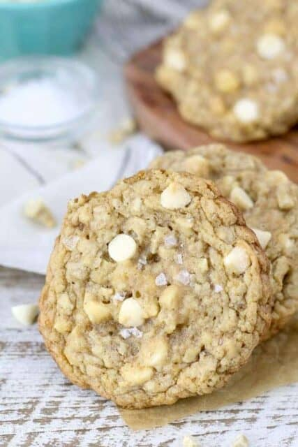 Mouthwatering and highly addictive, these Salted Caramel Cashew Oatmeal Cookies are soft and chewy filled with chopped cashews, gooey sea salt and white chocolate chips.