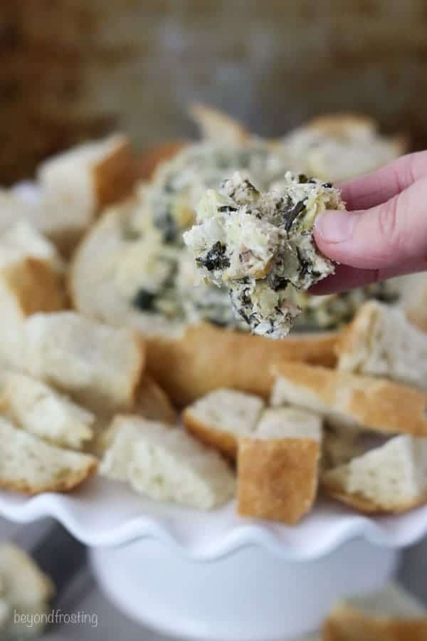 Skinny Weight Watchers Spinach and Artichoke Dip with bread