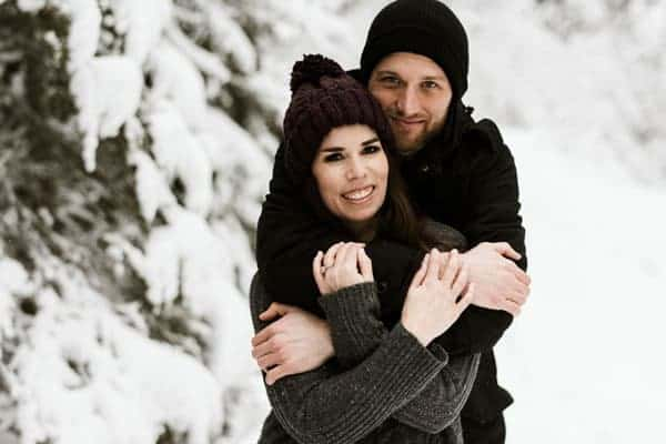 A couple on a winter photoshoot