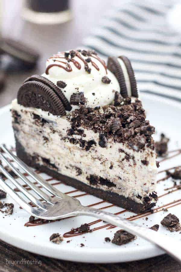 Oreo Cookie Cheesecake Cake