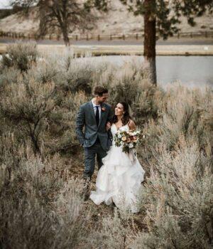 Rustic Barn Wedding in Central Oregon at Brasada Ranch © Kimberly Kay Photography