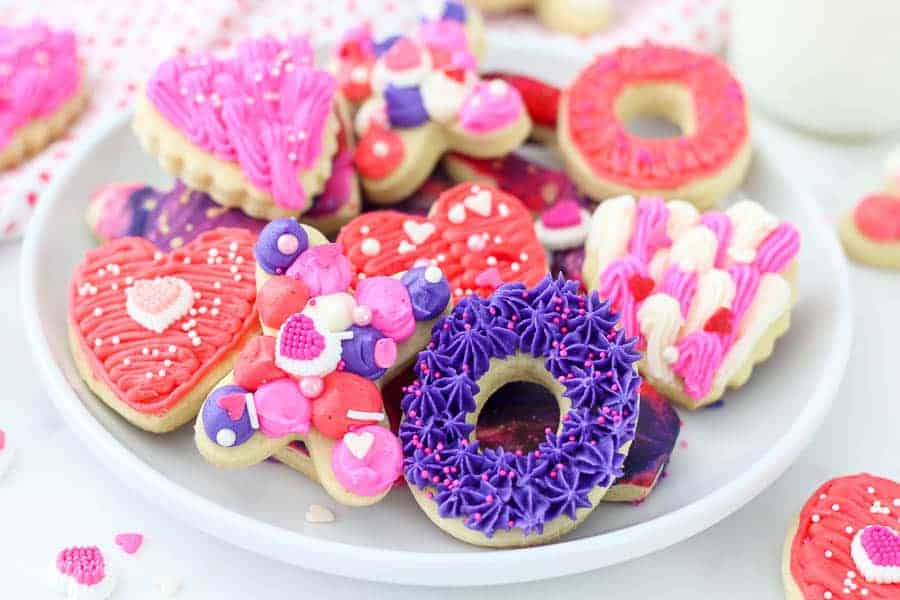 Valentines Day Sugar Cookies - Beyond Frosting