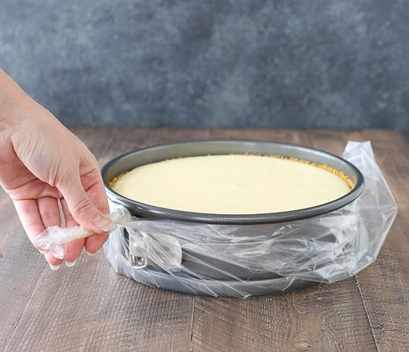 How-to-prevent-waterbath-from-leaking-cheesecake11