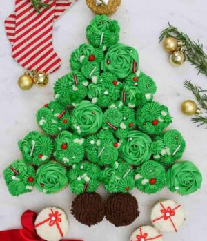 A gorgeous, finished Christmas Tree Cupcake Pull Apart Cake